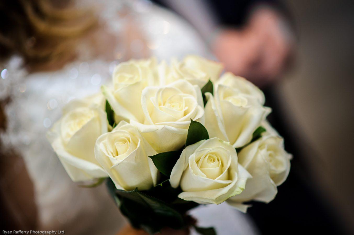 Swan-at-shakespeare-globe-wedding-photography-112