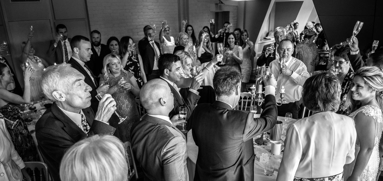 Swan-at-shakespeare-globe-wedding-photography-150