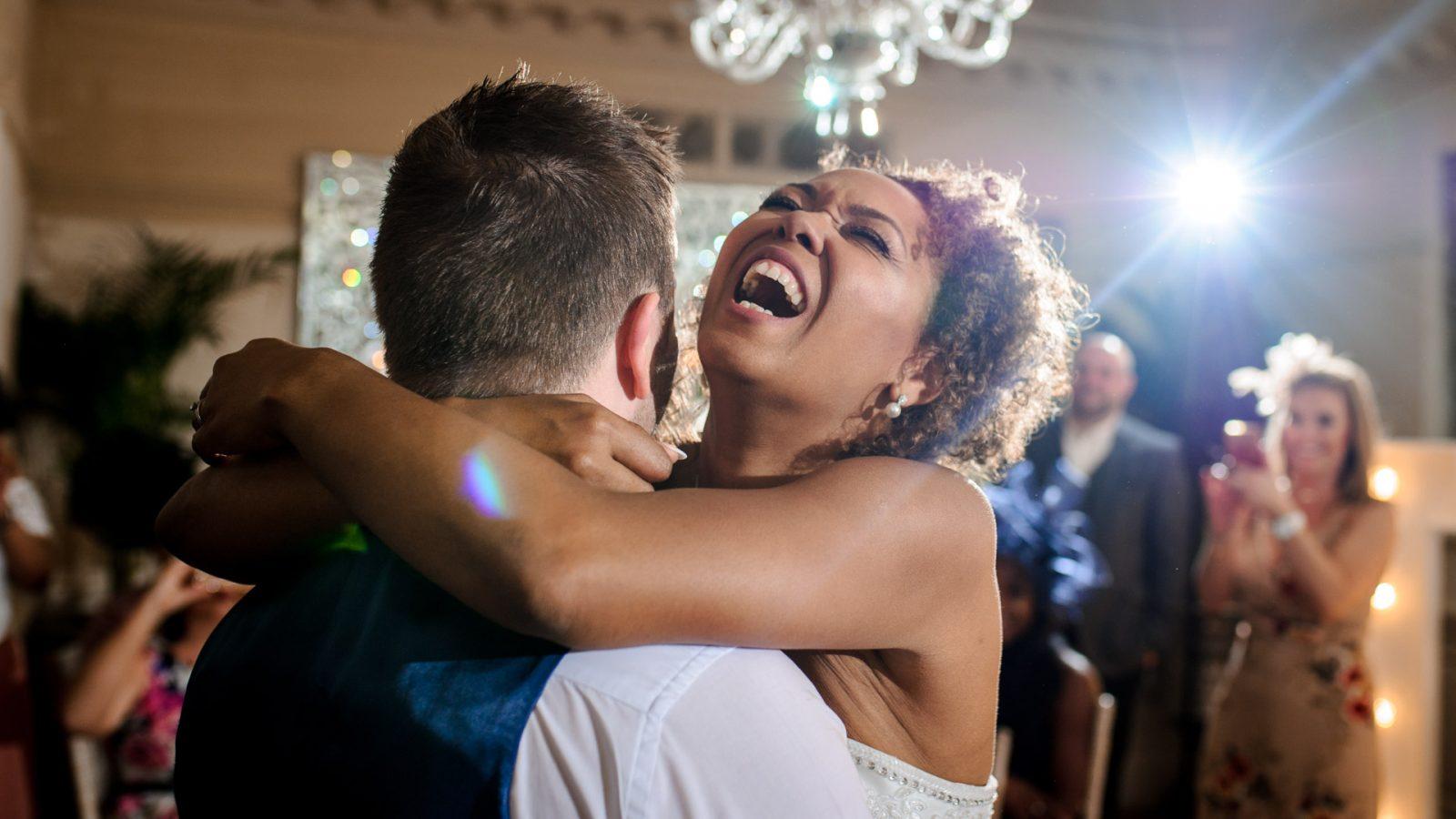 best-wedding-photos-2017-kimberley-and-joseph-first-dance
