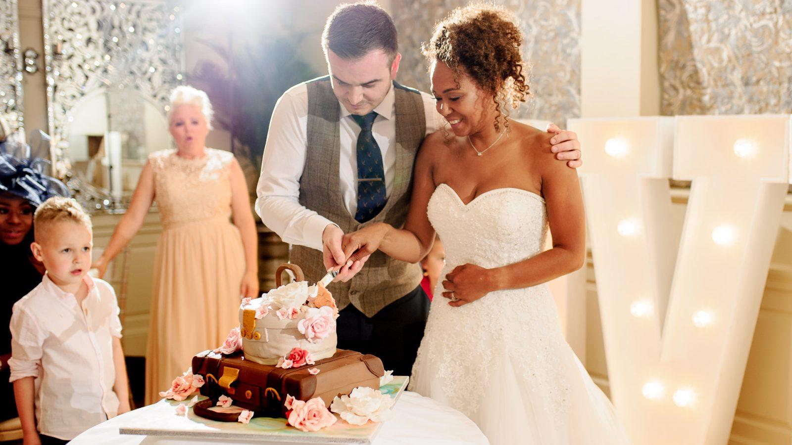 Eaves_Hall_wedding_photography_wedding_cake
