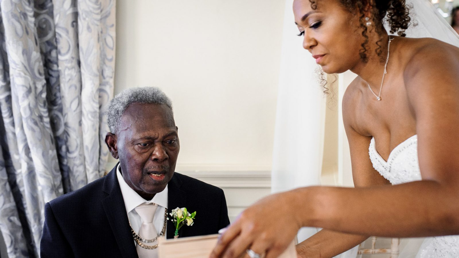 kimberley-and-joseph-wedding-father-of-the-bride-and-bride-thank-you-gift