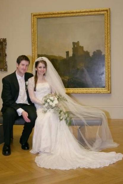 manchester_art_gallery_wedding_bride_and_groom
